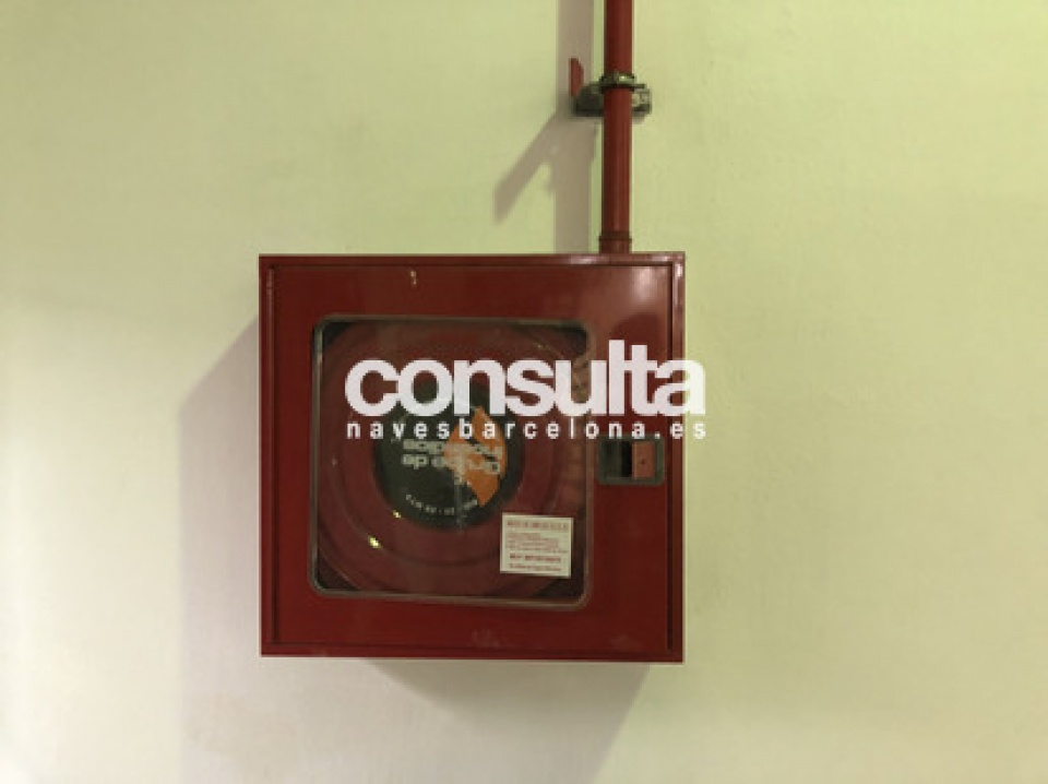 Nave industrial en alquiler en Cornellà de Llobregat