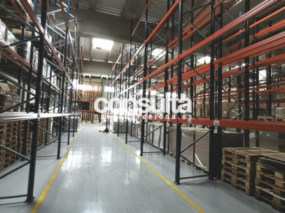 Nave industrial en alquiler en Montornés del Vallés