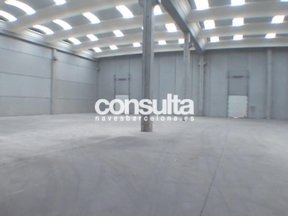 Nave industrial en alquiler y venta en Viladecans