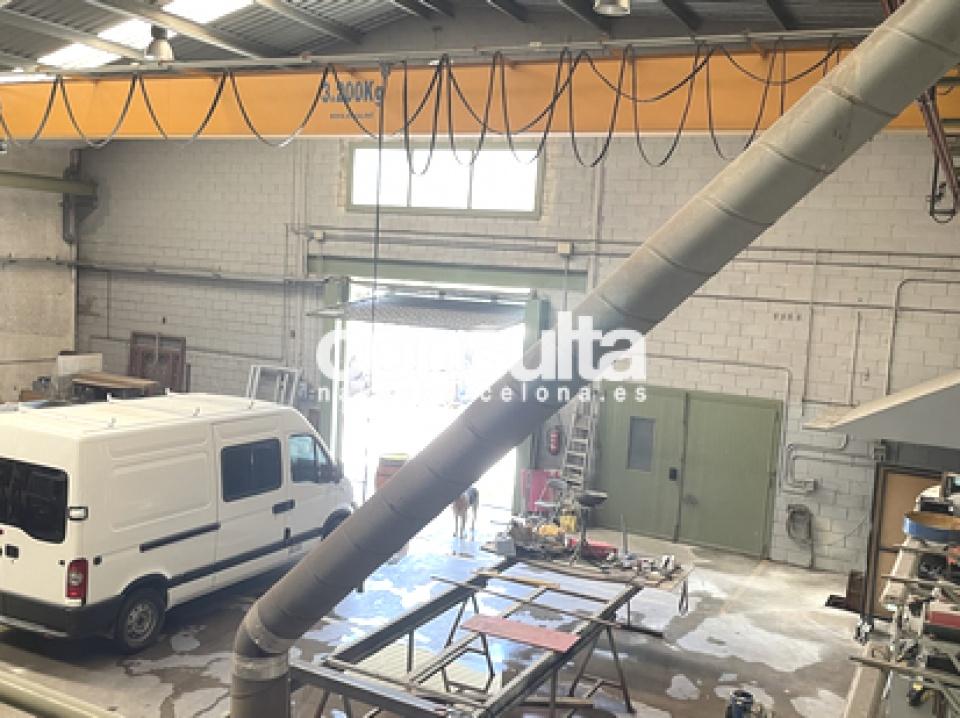 Nave industrial en venta en Sant Andreu de la Barca