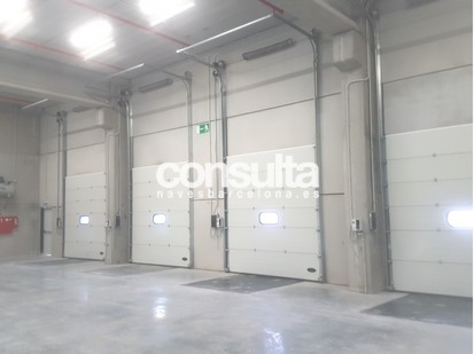 nave logistica alquiler martorell 56