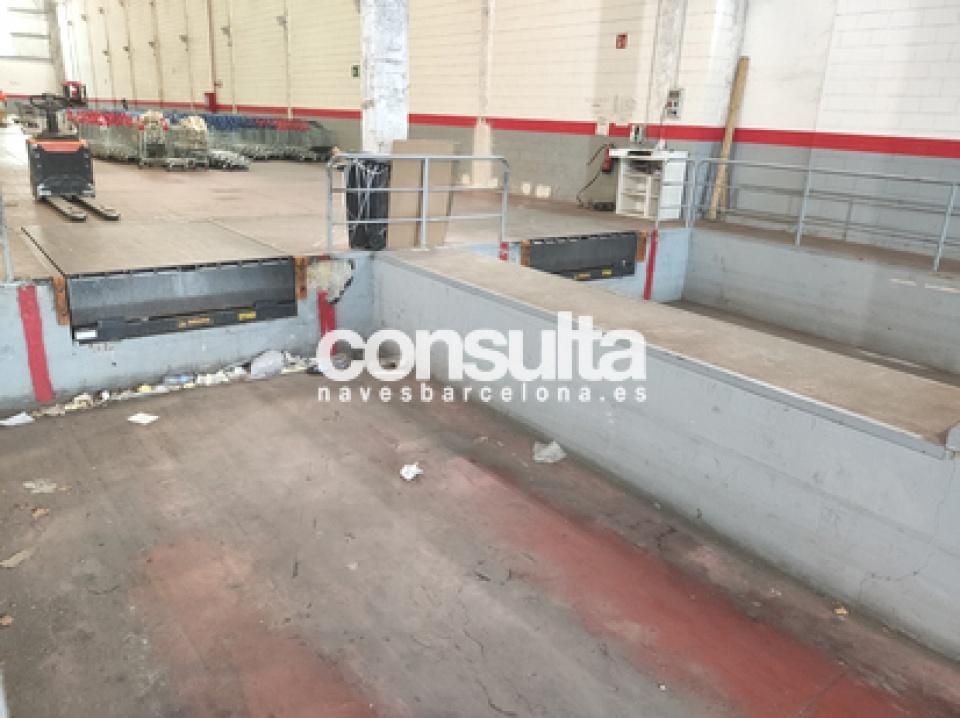 Nave logística en alquiler en La Llagosta