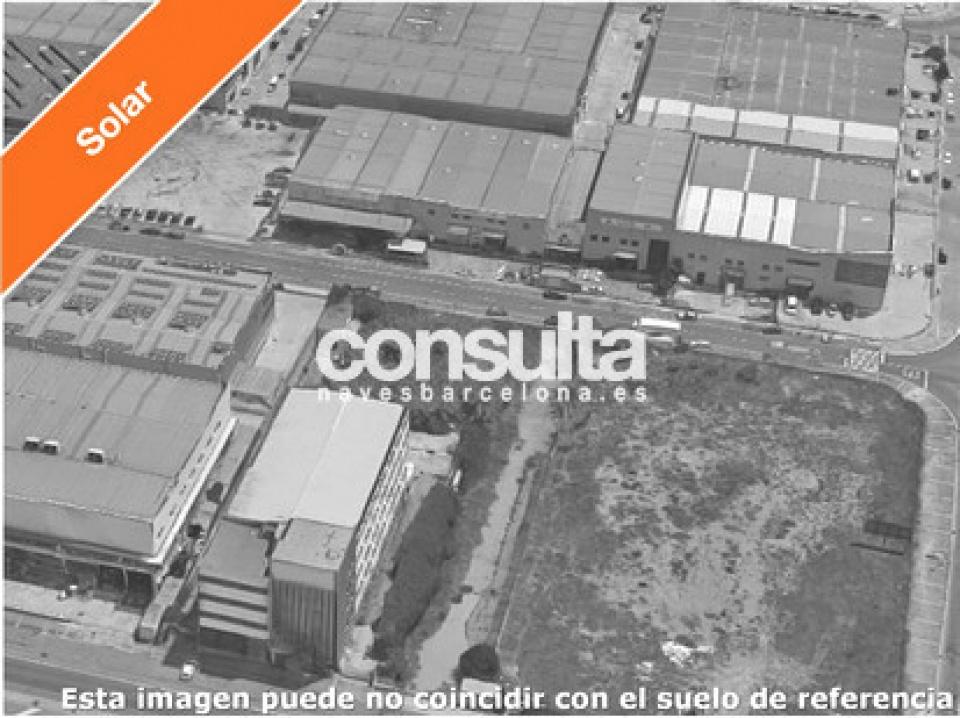 Solar industrial en venta en Llinars del Vallès